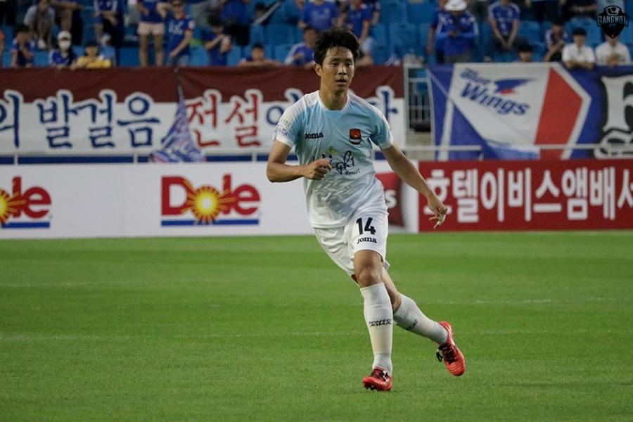'수비라인의 한계령' 강원FC 오범석의 올 시즌 명 경기 셋