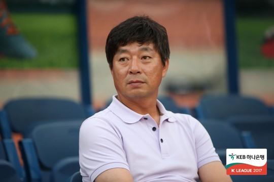 강원FC, 신임 전력강화부장에 김병수 전 감독 선임