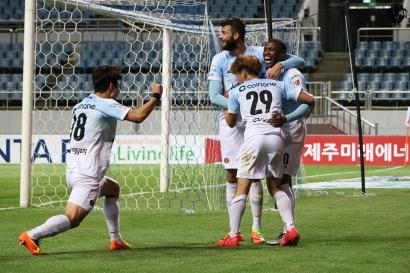 강원FC, 제주 원정서 5-3 승리…화끈하게 살아난 공격력