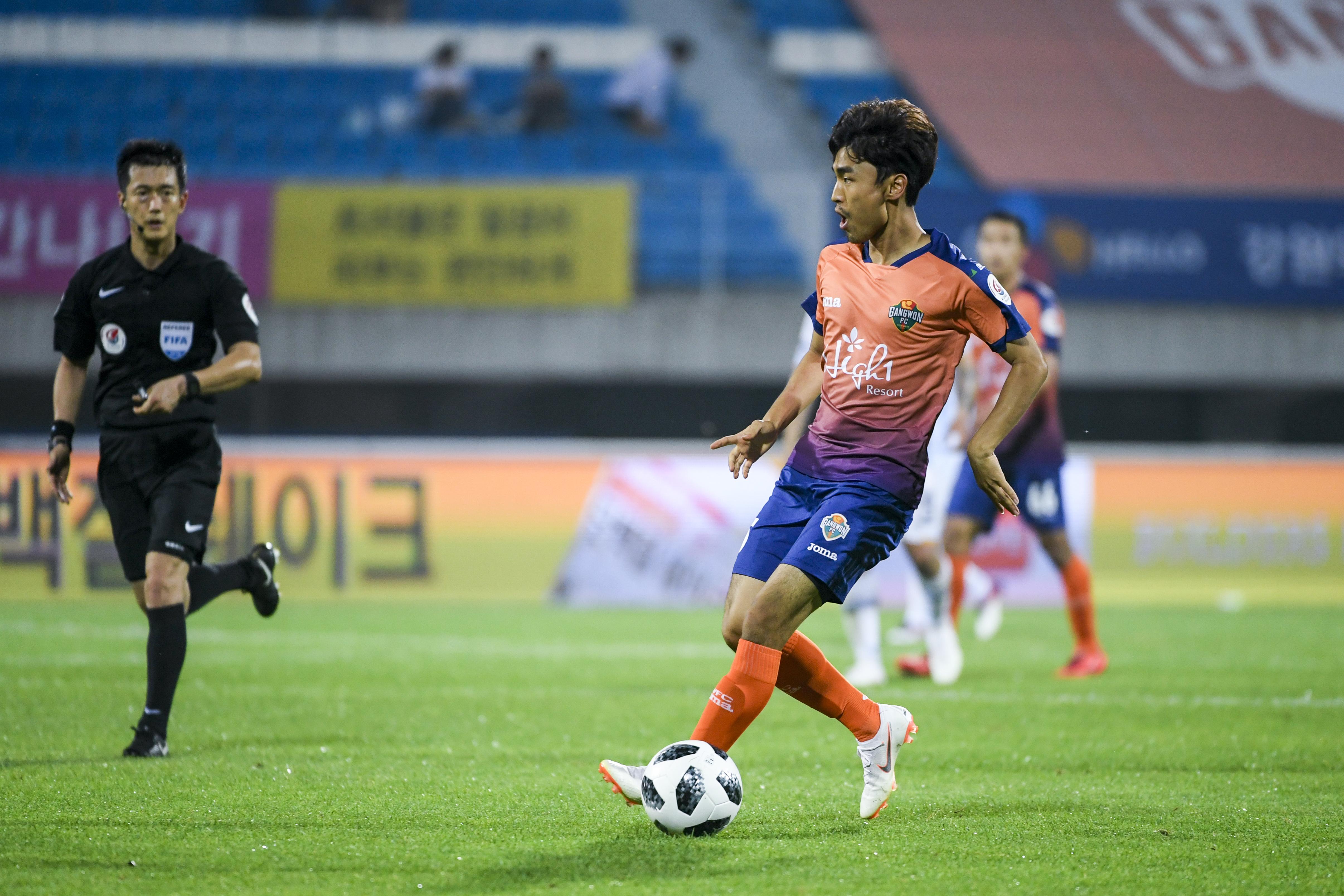 강원FC 문창진 'K리그 복귀 골+100경기 출장'