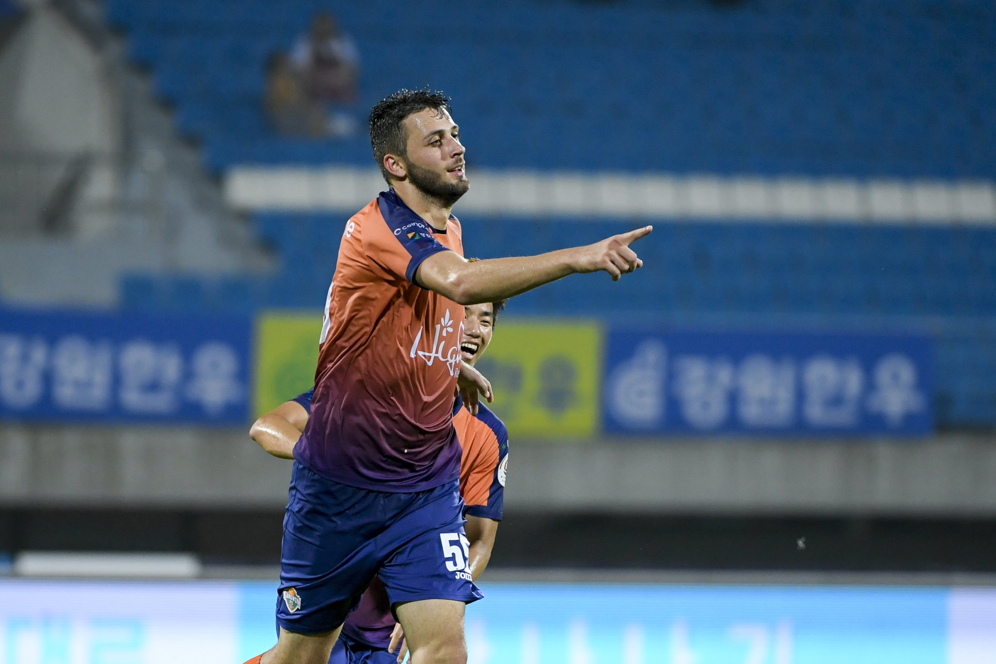 강원FC, 울산 현대에 3-3 무승부…리그 6위 유지